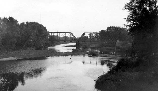 cedar river courtesy of the Minnesota Historical Society