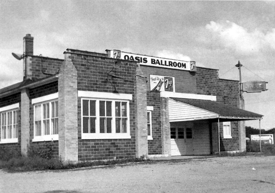 19040s Oasis Ballroom