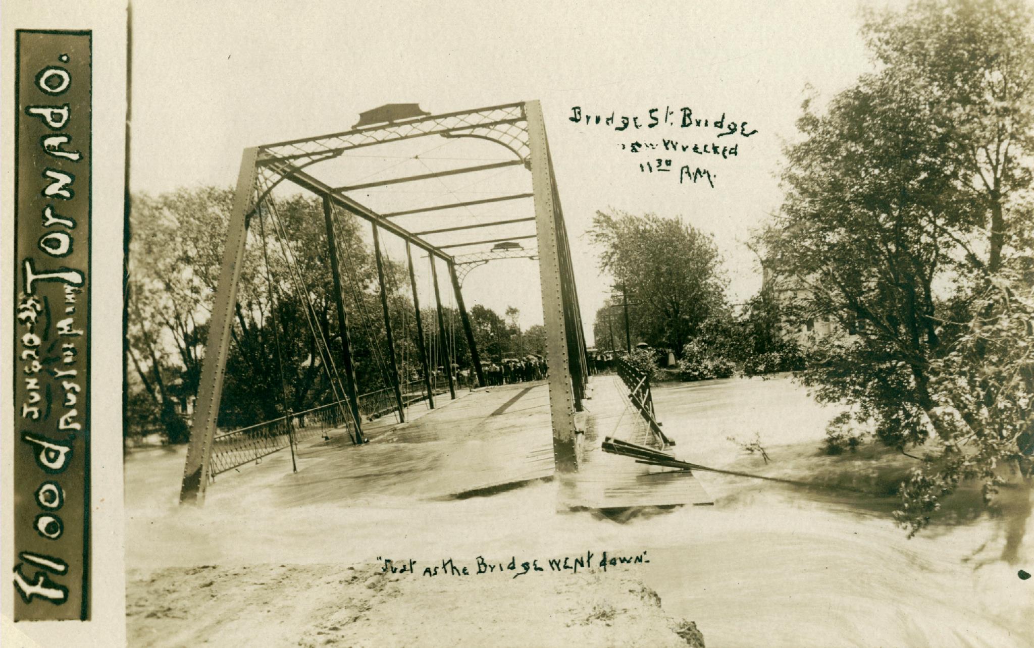 1908, when the 2nd Ave NE bridge near present-day Riverside Arena