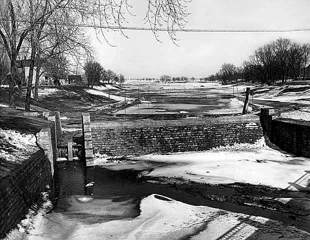 Dobbins Creek new dam and lake ready to fill up - 1937