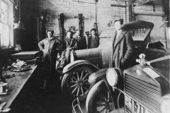 Working in a garage - 1927 (Will Kellner - Archie Kellner - Ernie Anderson - Claude Enright)
