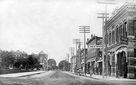 E. Bridge St. - 1908 (100 Blk. - looking towards the west)