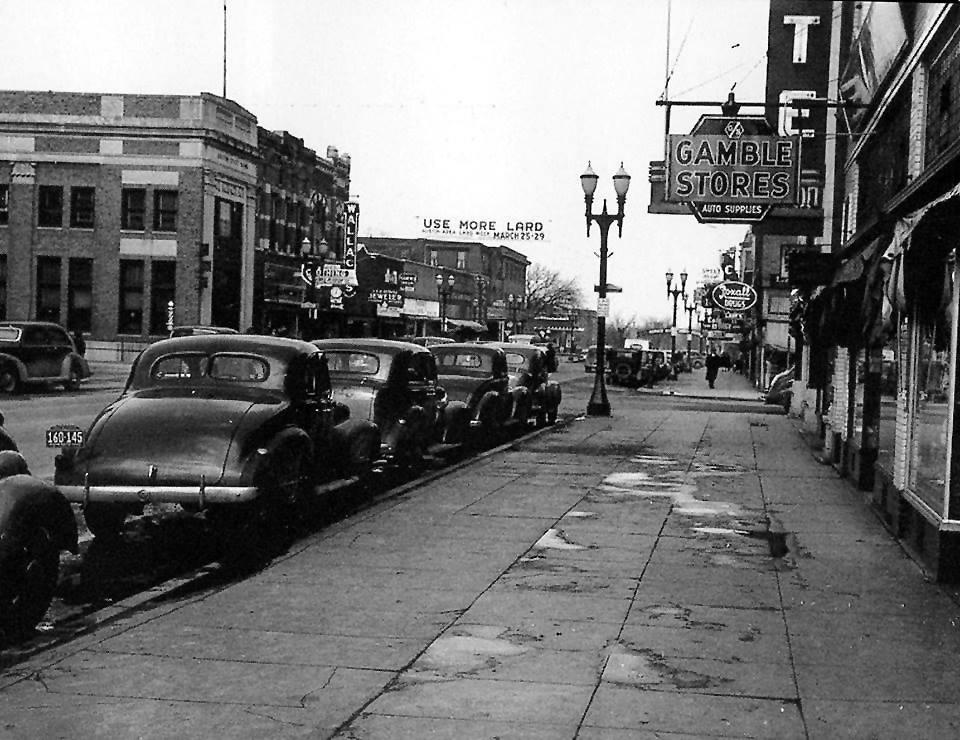 Looking north on Main St. - 1940's Austin, Mn