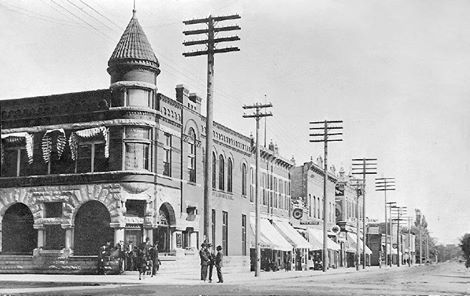 N. Main St. and E. Bridge St. (2nd Ave. N.W.) - 1914 (looking towards the NE)