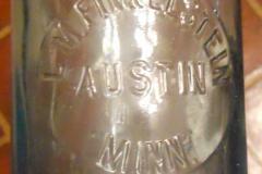 L M Finkelstein Austin Minn saloon beer qt size Austin, Mn