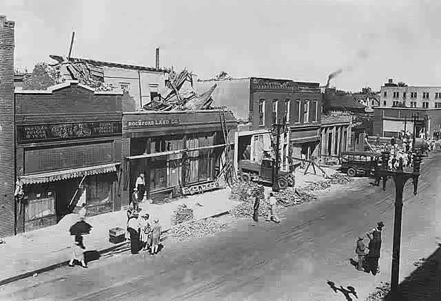 1928 Tornado Damage - 6 (Mill St.)