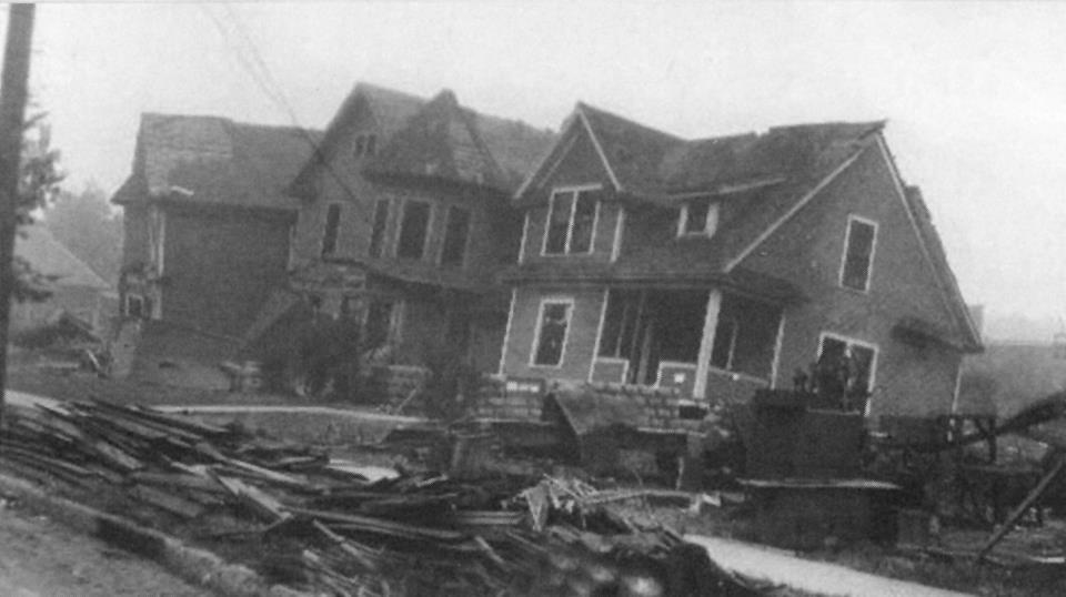 1928 Tornado Damage - 9 (house on Railway St.)